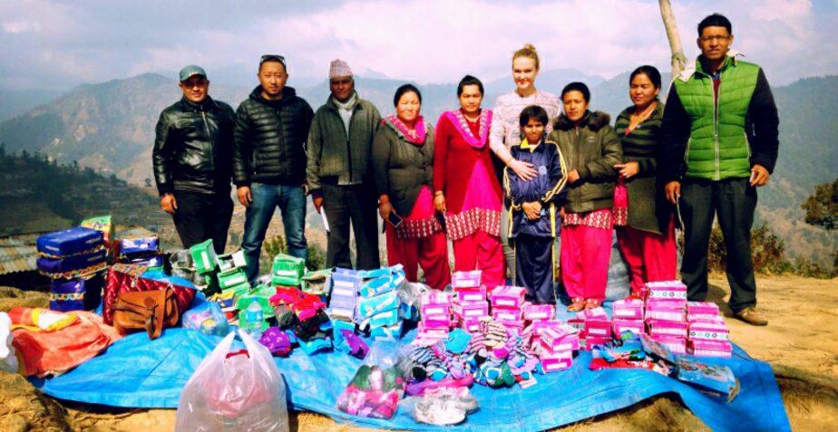 Green Shiva Nepal Travel Blog 2.2016 – warm wintershoes for the kids of Haibung